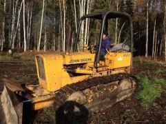 052_Driving a bulldozer